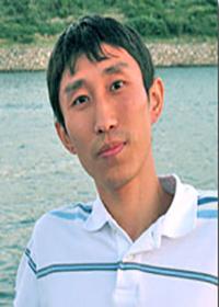 Qiang Chang headshot