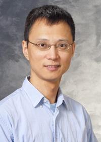 Xin Huang headshot