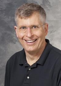 Daniel Uhlrich headshot