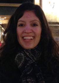Alejandra Canales headshot